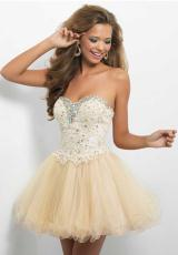 Blush 9652.  Available in Champagne