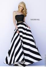 Sherri Hill 32221.  Available in Black/White