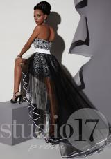 Studio 17 12456.  Available in Black/White, Fuchsia/White