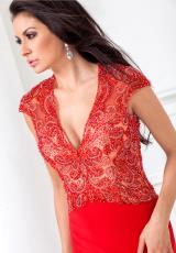 Tony Bowls Evenings TBE11521.  Available in Red
