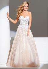 Tony Bowls Evenings TBE11532.  Available in Champagne/Nude