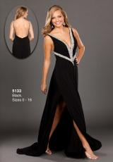 WOW 5133.  Available in Black