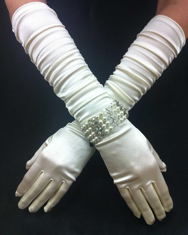 Ivory Long Stunning Scrunchy Gloves