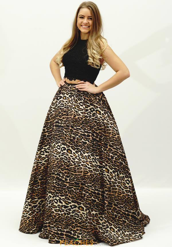 a2569e373964 Sherri Hill Dress 32219 | PeachesBoutique.com