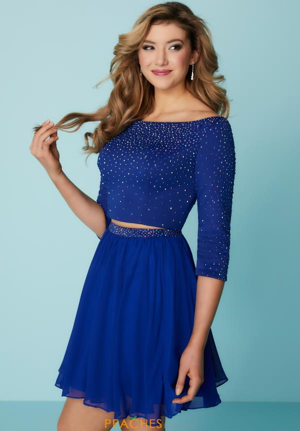 Hannah S Sleeved A Line Dress 27163
