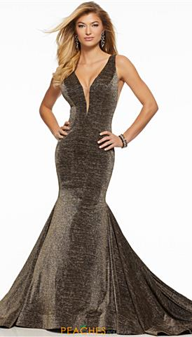 6eacdffa06940 Plus Size Prom Dresses | Peaches Boutique