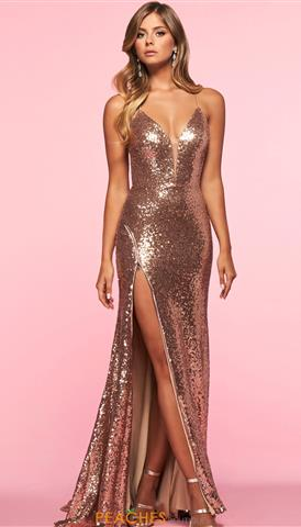 Designer Dresses and Gowns for Prom